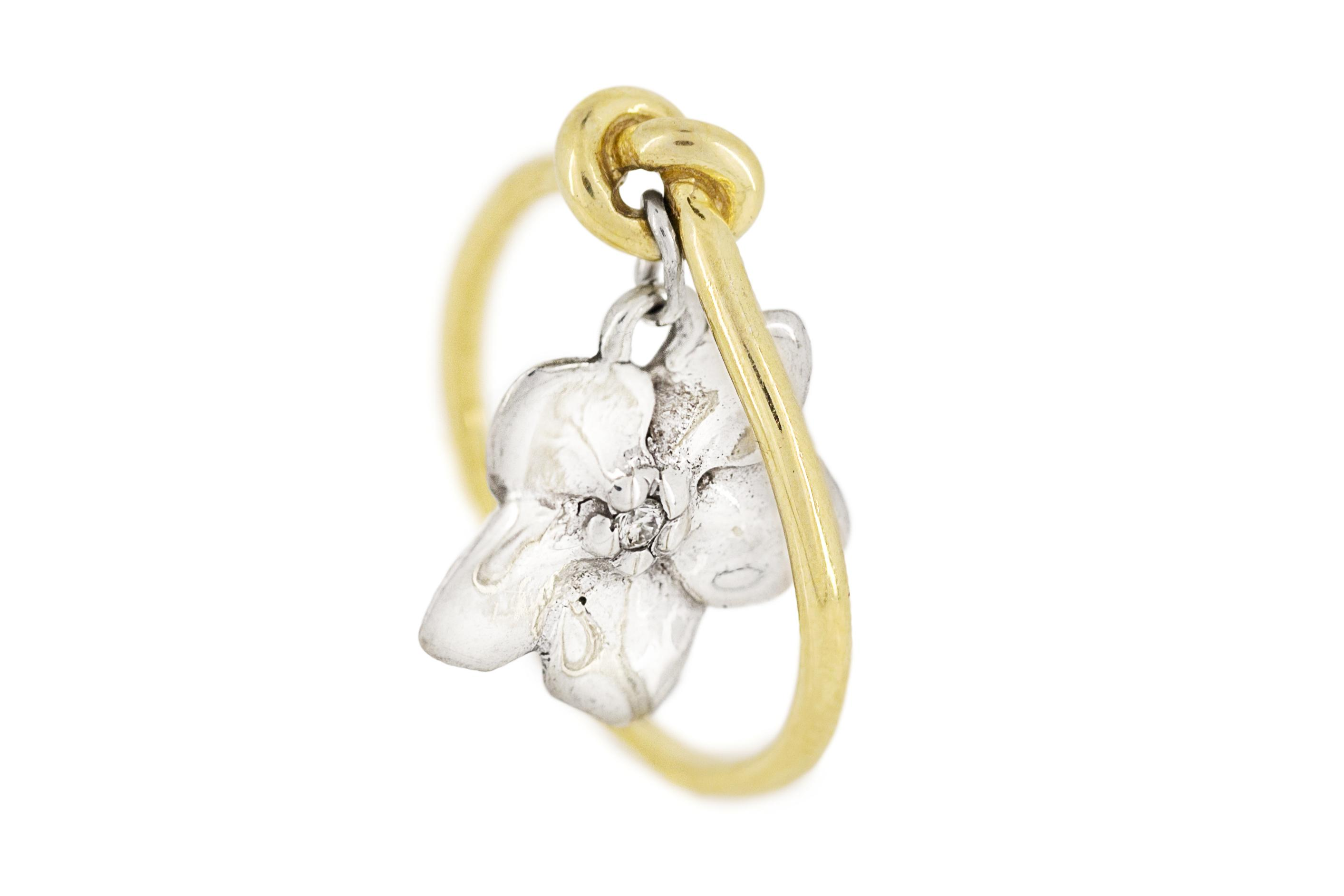 18ct Yellow Gold and Silver 'Forget-Me-Knot' Diamond Ring