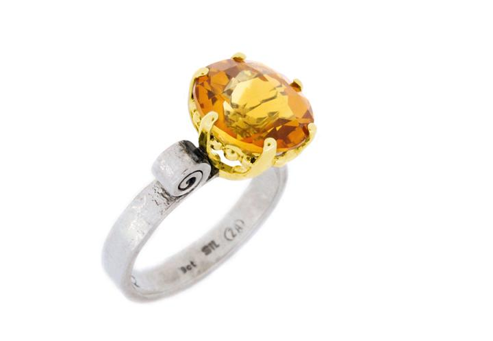 9ct Yellow Gold, Silver and Citrine Scroll Shank Ring