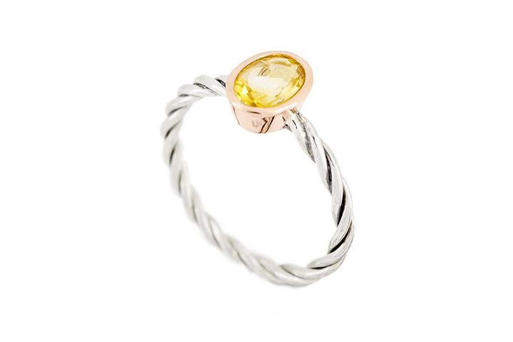 9ct Yellow Gold and Silver, Oval Citrine Ring with Twisted Band