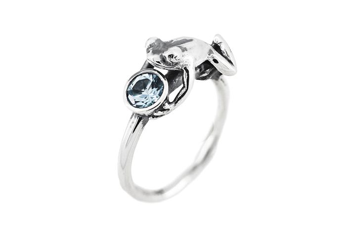Aquamarine Frog Ring in Silver